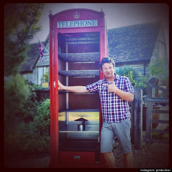 Smokery Telephone box