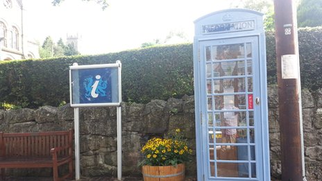 tourist office phone box
